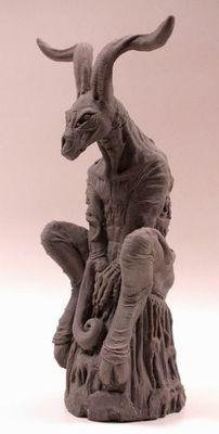 Modern szobrocska