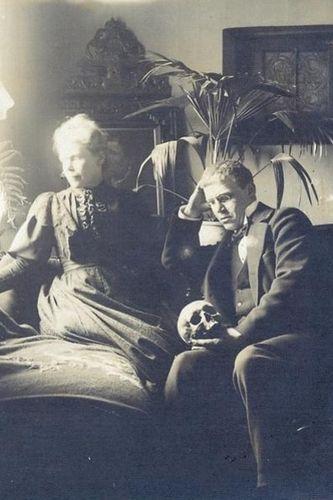 HH-Ewers-és az anyja
